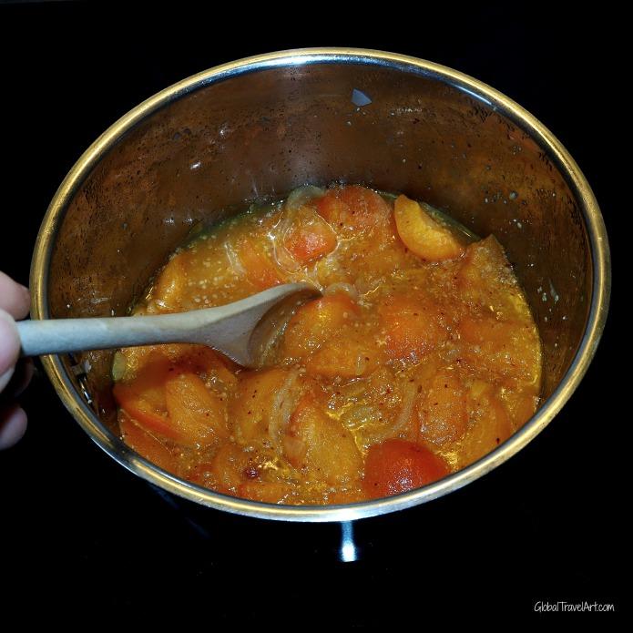Aprikosen Chutney kochen